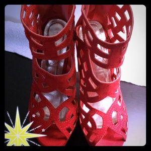 NWOT - Seductive Red Liliana Open-Toe Heel!!